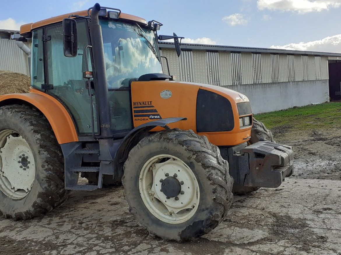 TRACTEUR ARES 550 RX