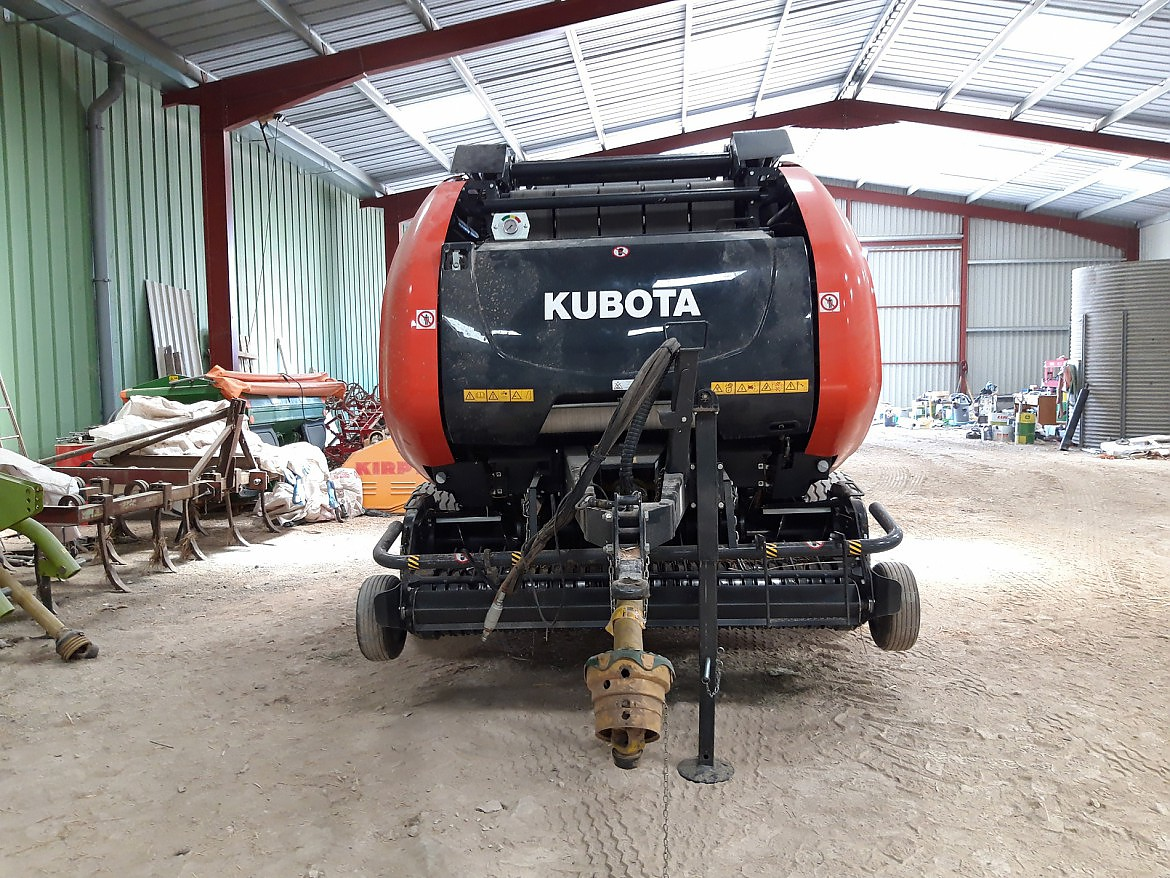 PRESSE KUBOTA CHAMBRE VARIABLE