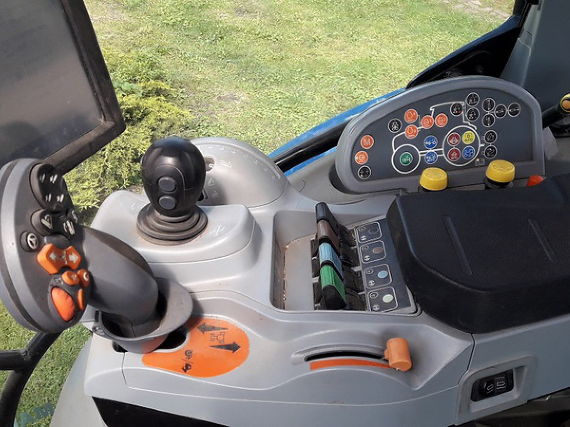 TRACTEUR NEW HOLLAND T 6.175 AUTO COMMAND
